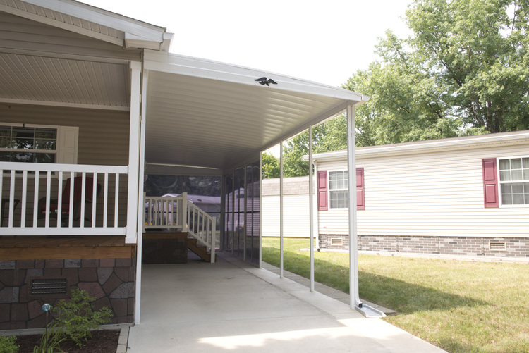 carport installation photo